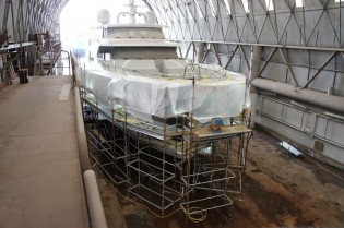 View large version of image: Refit of 31,5m superyacht BLACK PEARL at Oceania Marine
