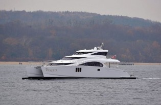 View large version of image: New Sunreef 70 Power Yacht VIOLETTA launched