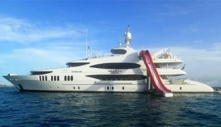 View large version of image: 50m AMARULA SUN – Outstanding Charter Yacht in The Caribbean and the Bahamas