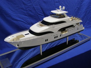 View large version of image: new Ocean Alexander 112' scale model