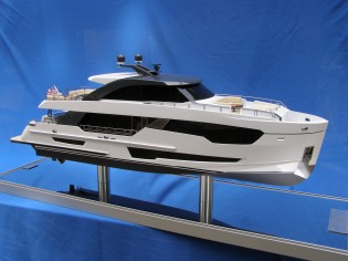 View large version of image: new Ocean Alexander 90' scale model